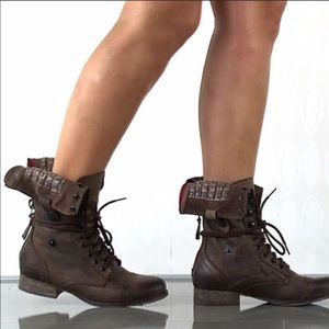 Steve Madden brown foldover combat boot size 5.5